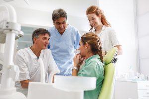 Pytania pacjentów o implanty zębów
