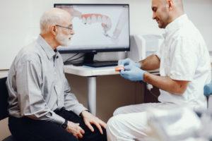 Implanty zębowe - konsultacja u stomatologa